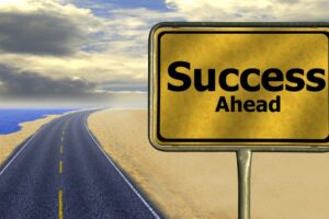 career_road_away_way_of_life_success_road_sign_traffic_sign_rise-929457